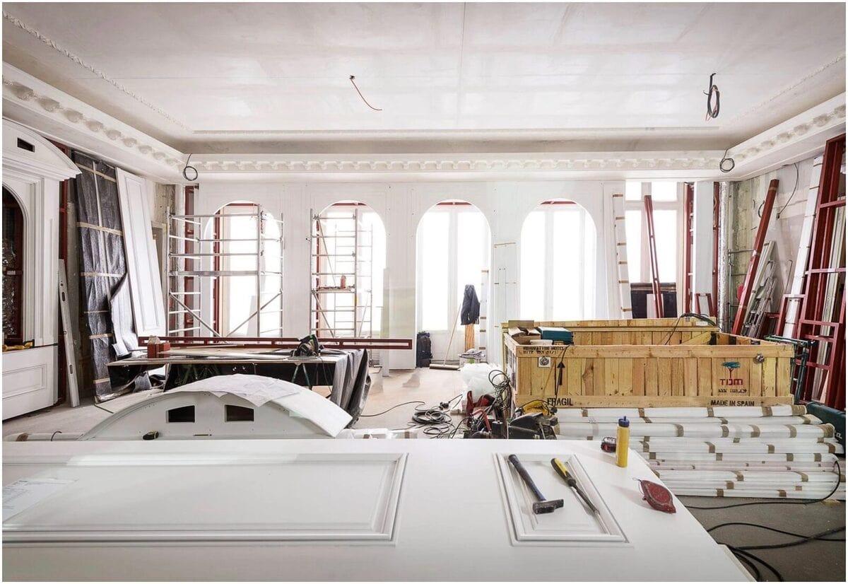 Travaux de rénovation par une entreprise à Paris